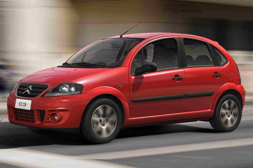 C3-2012-Vermelho----Ambientada-RuaBX_960_640