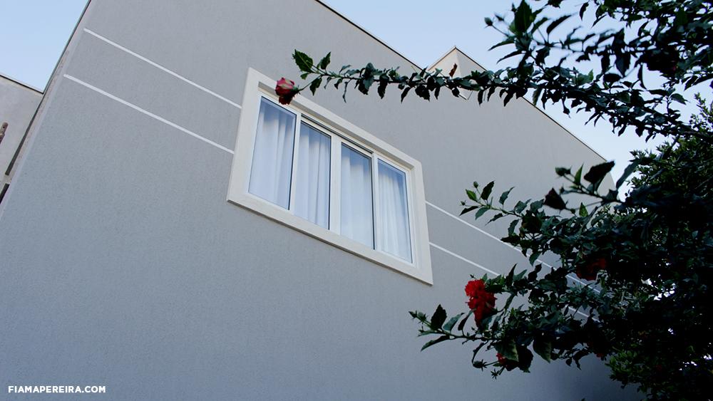 fachada-sobrado-com-grafiato